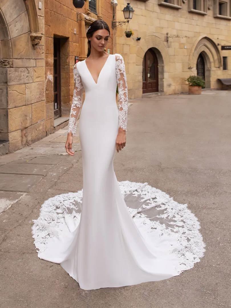 Pronovias Aubrite Wedding Dress