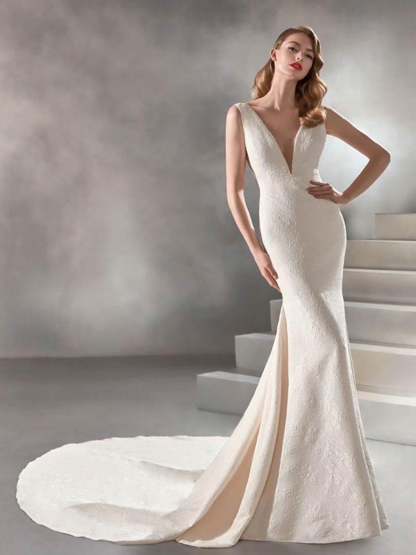 Pronovias Racimo Atelier Wedding Dress